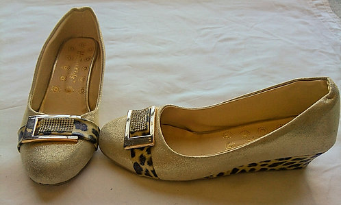 Girl's golden shoes with diamonte buckle and leopard print design