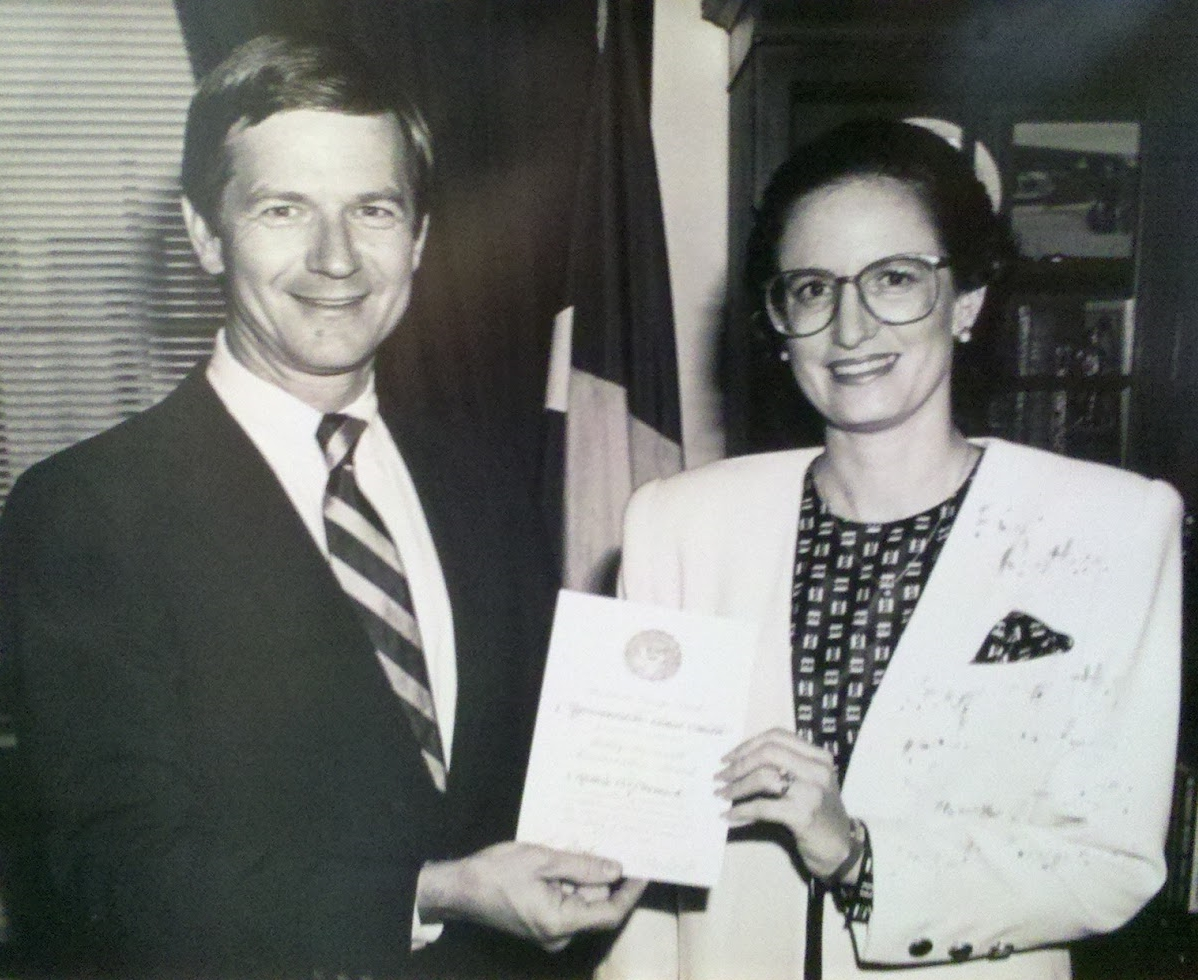 Ruthie and Lamar Smith, award 1990