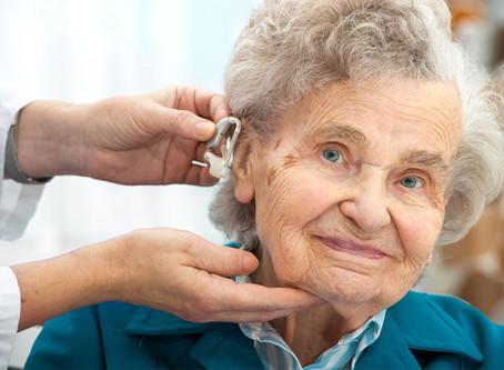 Entenda agora a importância de um médico otorrinolaringologista para o cuidado de idosos!