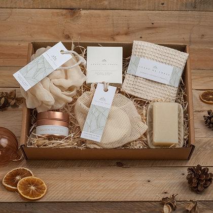 Deluxe Bath & Beauty Gift Set