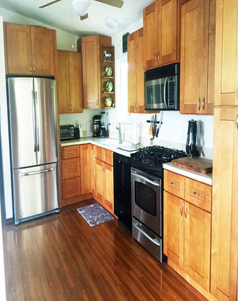 shaker cinnamon cabinets kitchen