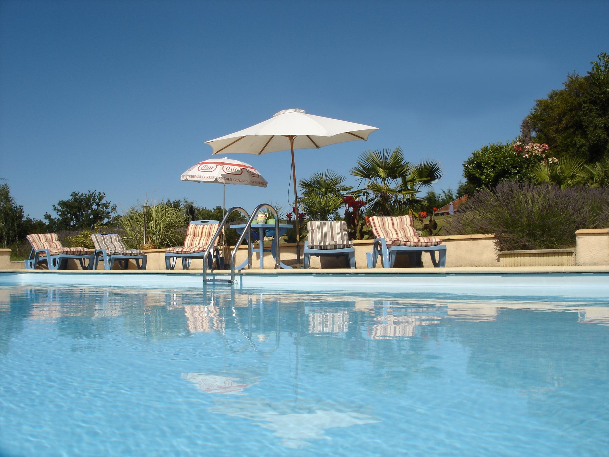 Pool Tournesols