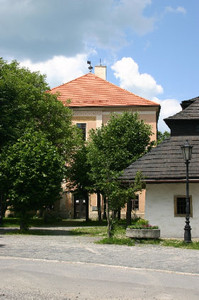 lycealna_kniznica33.jpg