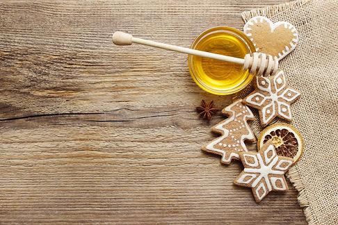 Gingerbread christmas cookies and bowl o