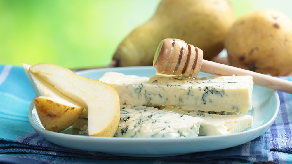Honey, Blue Cheese, Pears on a Plate