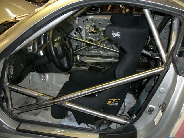 Nissan350z_Z33_Roll_Cage01