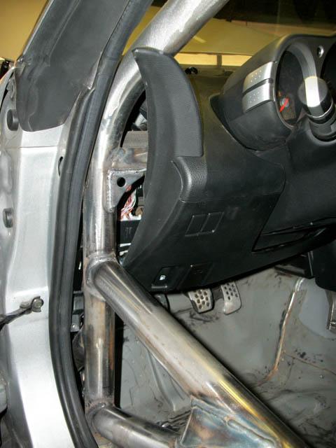 Nissan350z_Z33_Roll_Cage03