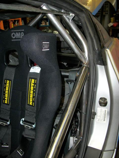 Nissan350z_Z33_Roll_Cage05