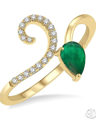 Ladies emerald and diamond yellow gold r