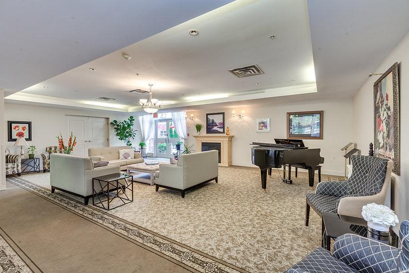 Palisade Gardens living room