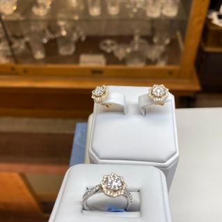 Ashi 14K Ring & Earrings (14K & Yellow White Gold 70pt)