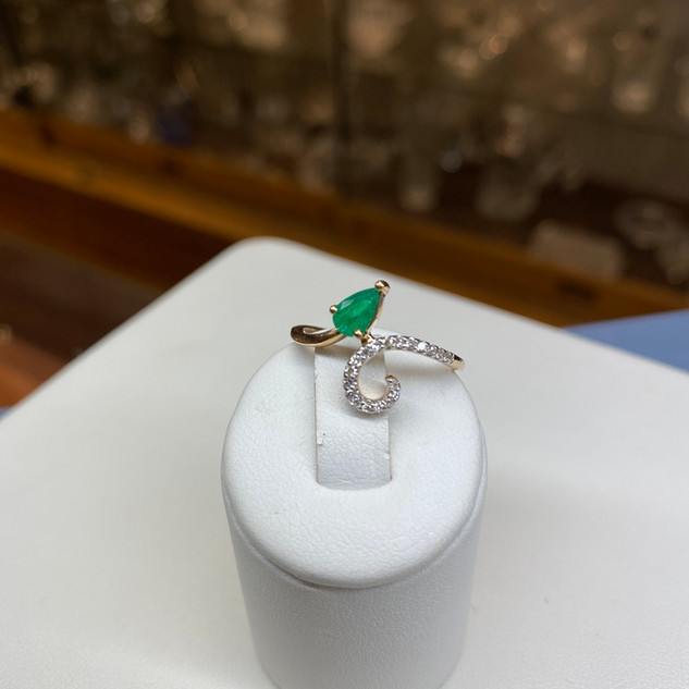 Ashi 14K Emerald/Diamond