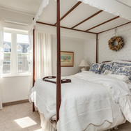 Palisade Gardens suite bedroom