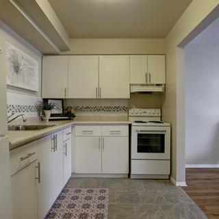 Goderich Place Suite kitchen