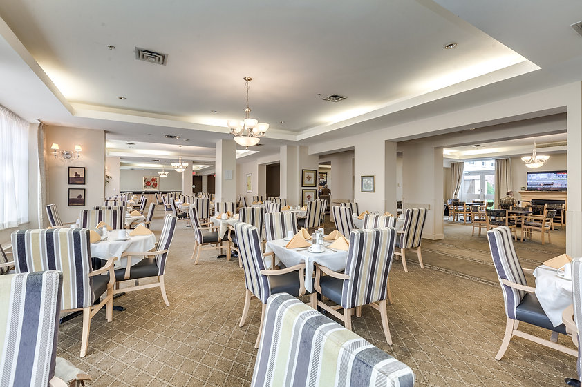 retirement residence dining room