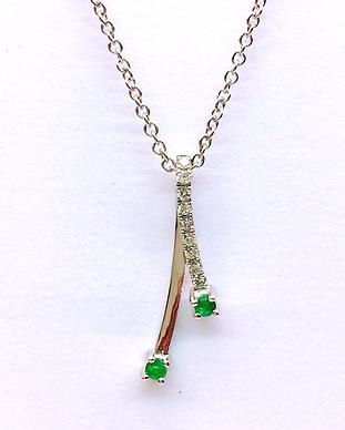 Emerald Diamond Pendant 4.png