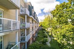 Palisade Gardens balconies