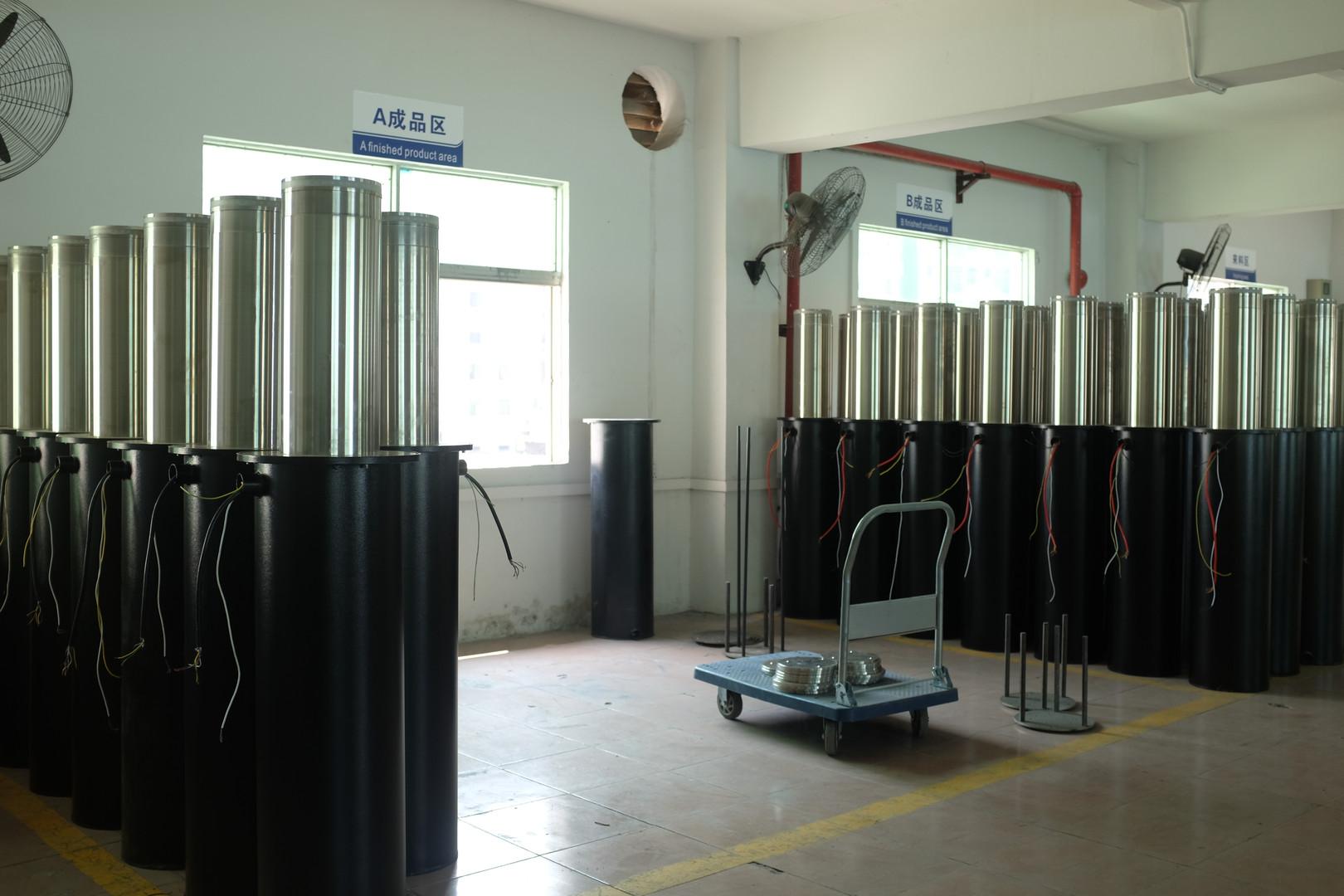 Hydraulic Bollard Warehouse