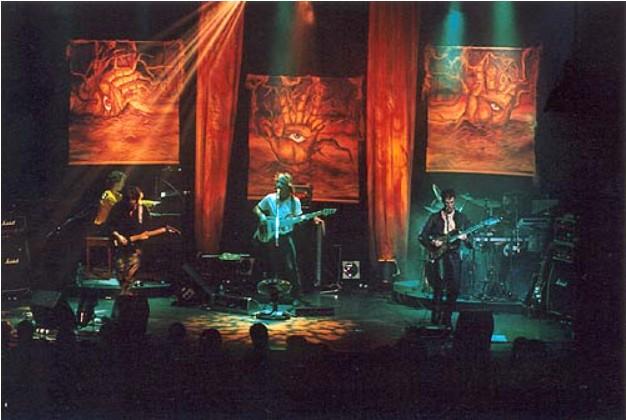 2001 - (La Petite Eglise) St-Eus.Qc.