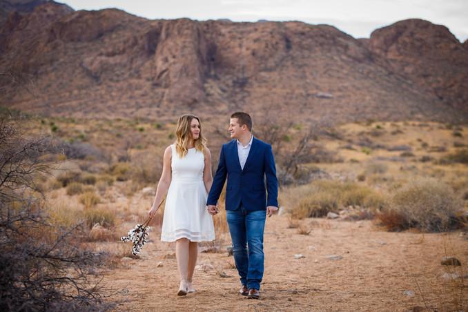 Spokane Couples Photographer-3.JPG