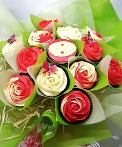 Roses - 13 Red & Cream