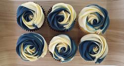 Roses - Navy Blue & Cream