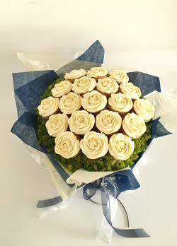 Wedding Roses - Cream