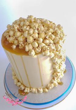 Caramel Drizzled Popcorn Waterfall