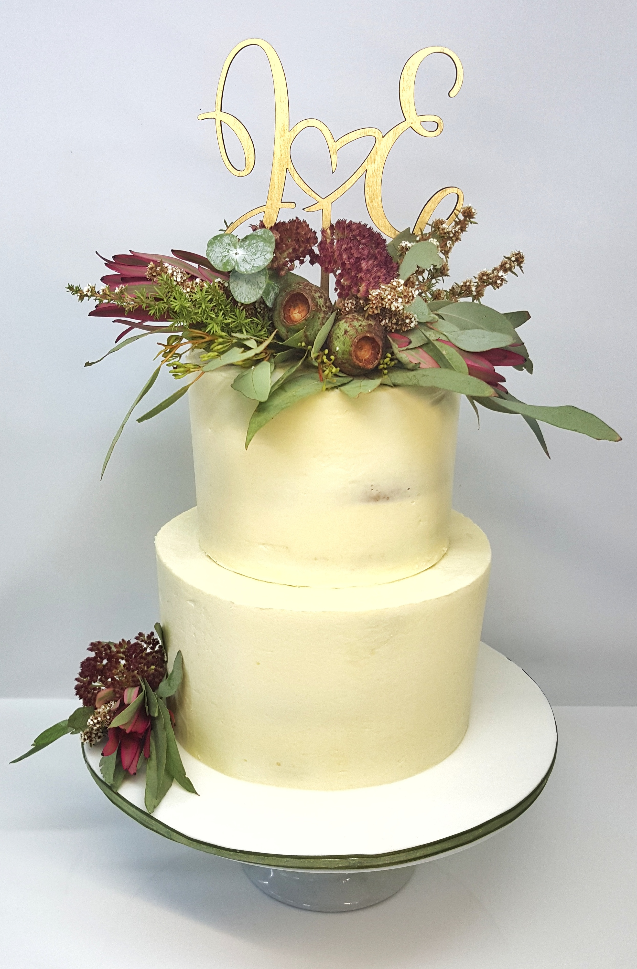 Gumnuts & Leaves 2 Tier