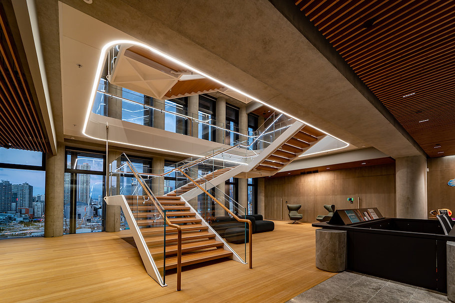 RYD-WestKowloon_0275_9F-Reception-Lift-Lobby-Entrance_Brian-Yip-©Ryder-Architecture.jpg