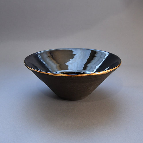 調麓窯 cyoroku kiln /上島かな子 黒の中鉢 melt