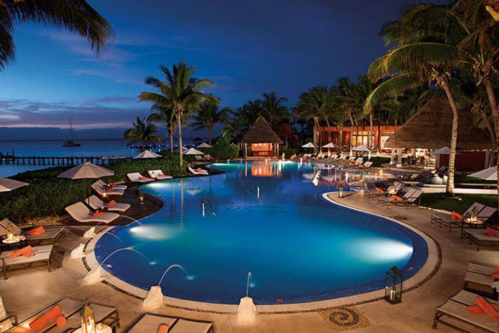 beach resort (3).jpg