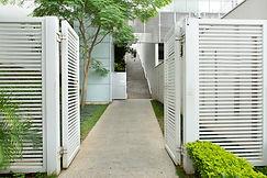 clinica nervus entrada rua.jpg
