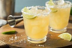 refreshing-mexican-tequila-margarita-R4Y