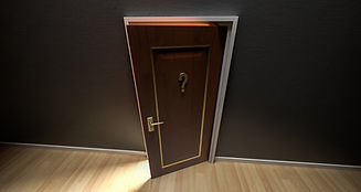 door-1590024_1280.webp