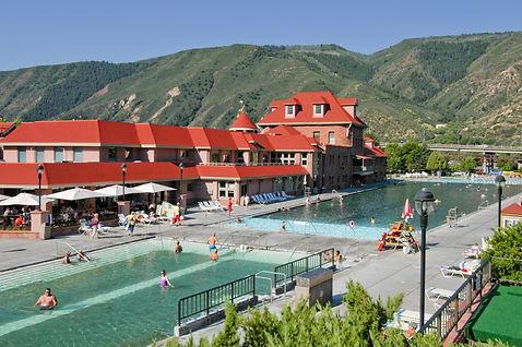 Glenwood Hot Springs Lodge & Pool