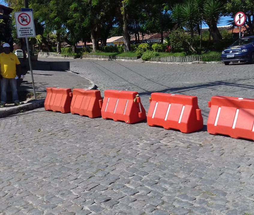 Fechamento da Praça da Igreja