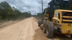 Prefeitura de Porto Seguro realiza manutenção na estrada Arraial d´Ajuda a Trancoso