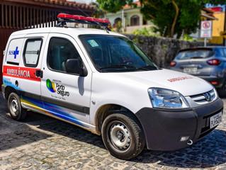 Prefeitura entrega nova ambulância para UPA24H de Arraial D'Ajuda