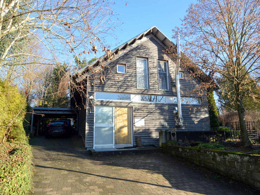 Extravagantes Einfamilienhaus mit Garten in beliebter Lage von Schwaigern zu verkaufen!