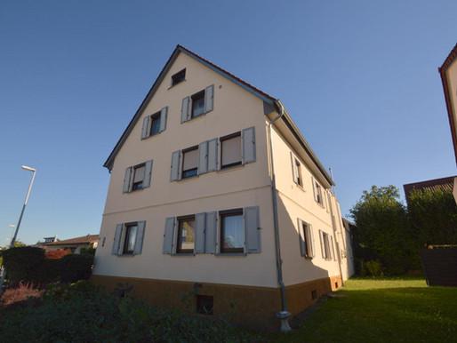 Traumhafte 3,5 Zimmer-Wohnung mit Dachterrasse in Leingarten zu verkaufen!