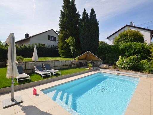 Modernes Einfamilienhaus mit großem Garten und Pool in Flein zu verkaufen.