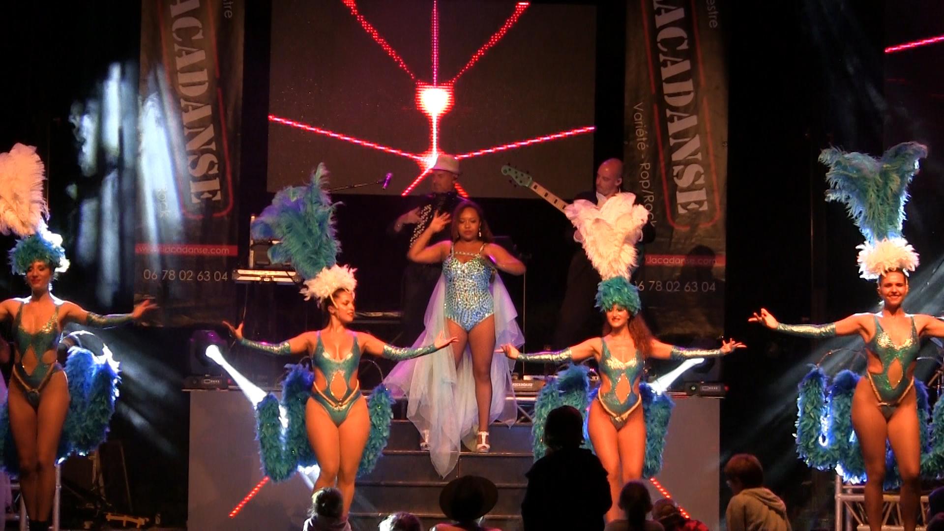 Spectacle cabaret 2019 Lacadanse