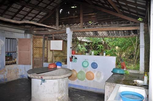 School Room in Hue.jpg