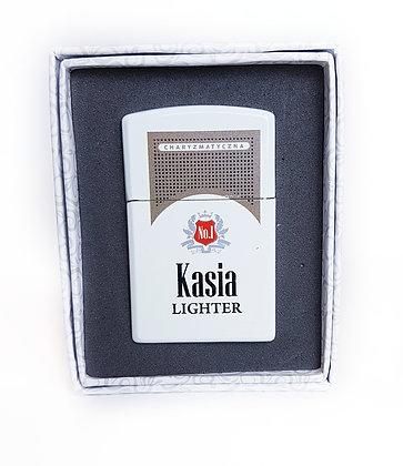 Zapalniczka z imieniem w ozdobnym pudełeczku KASIA