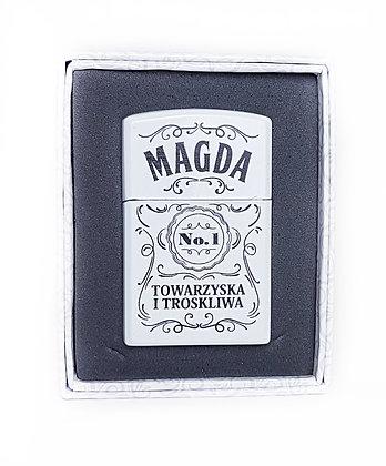 Zapalniczka z imieniem w ozdobnym pudełeczku MAGDA
