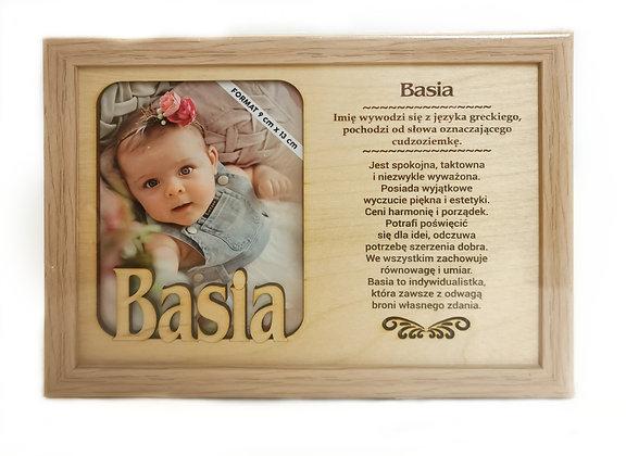 Drewniana ramka z imieniem Basia i sentencją