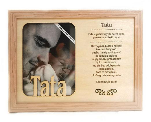 Drewniana ramka na zdjęcie z napisem TATA