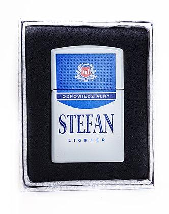 Zapalniczka z imieniem w ozdobnym pudełeczku STEFAN