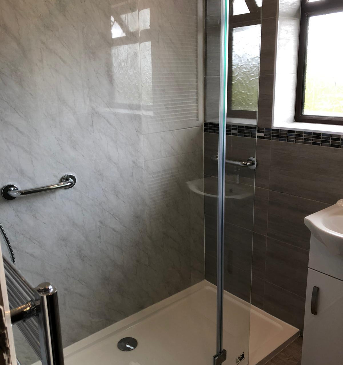 Chesterfield Bathroom Design & Fit